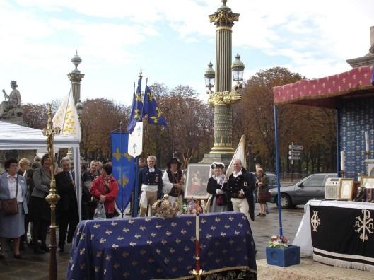 Französische Royalisten gedenken an jedem 16. Oktober auf der Place de la Concorde ihrer ermordeten Königin.