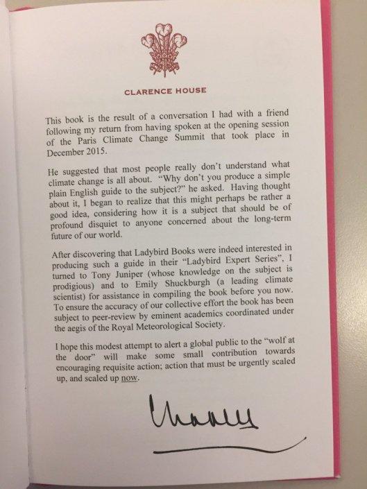 """Prinz Charles nahm an der Klimakonferenz 2015 in Paris teil, schreibt er in seinem Vorwort für die """"Ladybird Books"""", die sich mit dem Klimawandel beschäftigen, von denen Präsident Trump überzeugt ist, daß diese Idee von den Chinesen in die Welt gesetzt wurde, um den USA zu schaden."""